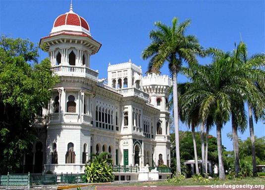cienfuegos-city-palacio-valle-tower[1] (Medium)